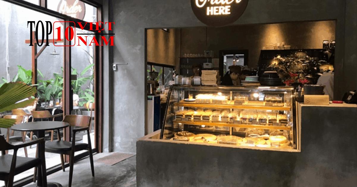 Tiffins Bakery & Café